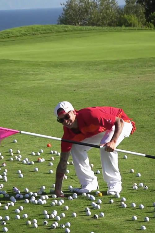Celebrity Golfing