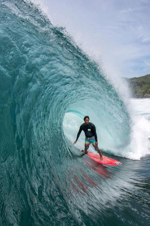 Mikala Jones goes deep in Indonesia
