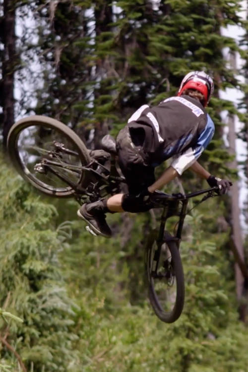 Downhill MTB in Pemberton