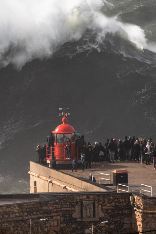 Sessions: Surfing storm Helena at supersize Nazaré
