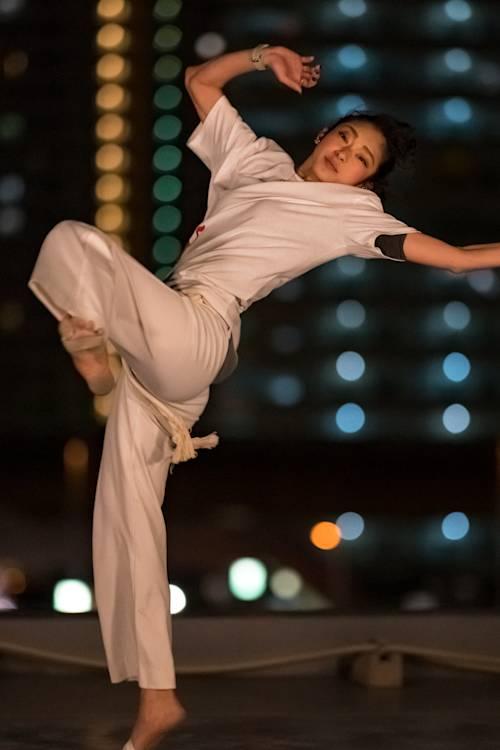 Kyoka learns capoeira