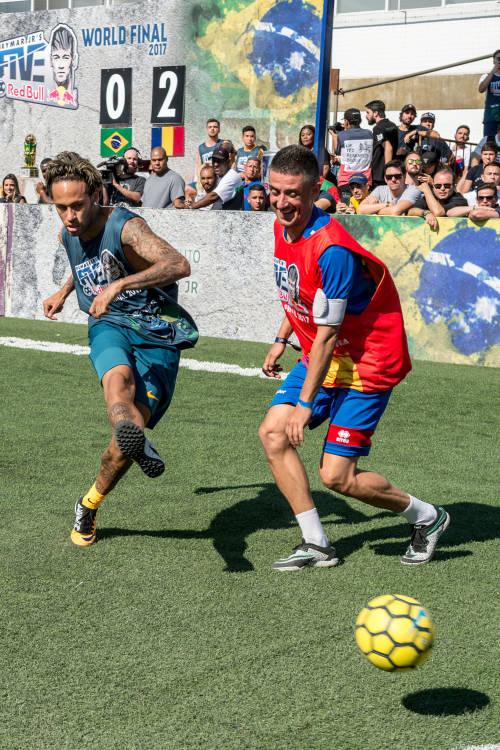 Trailer for Neymar Jr's Five