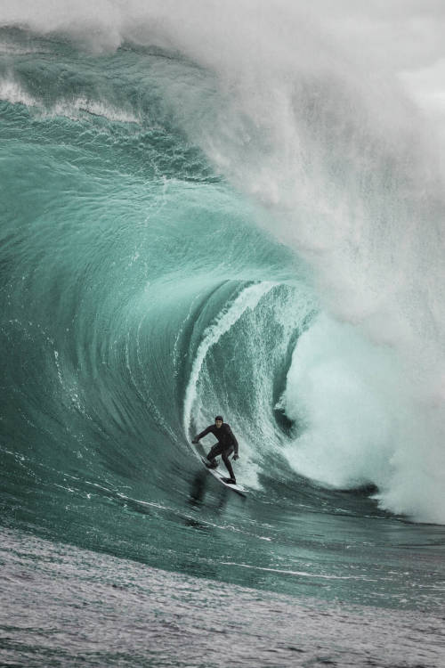 Surfing one of the world's most intense waves