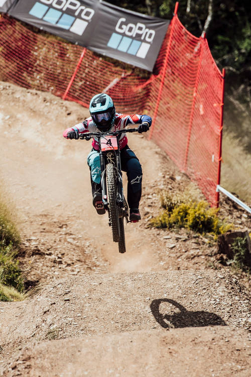 Women's DH 3rd place run - Vallnord