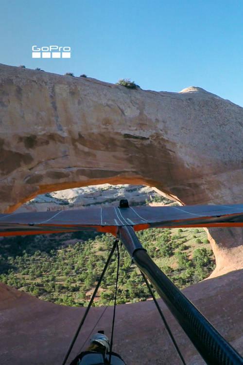 Hang Gliding Wilson Arch