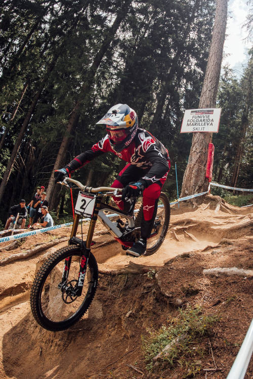 Aaron Gwin's run at Val di Sole