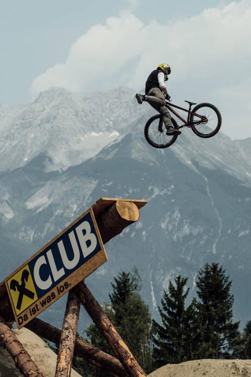 Nicholi Rogatkin's Winning Run – Innsbruck