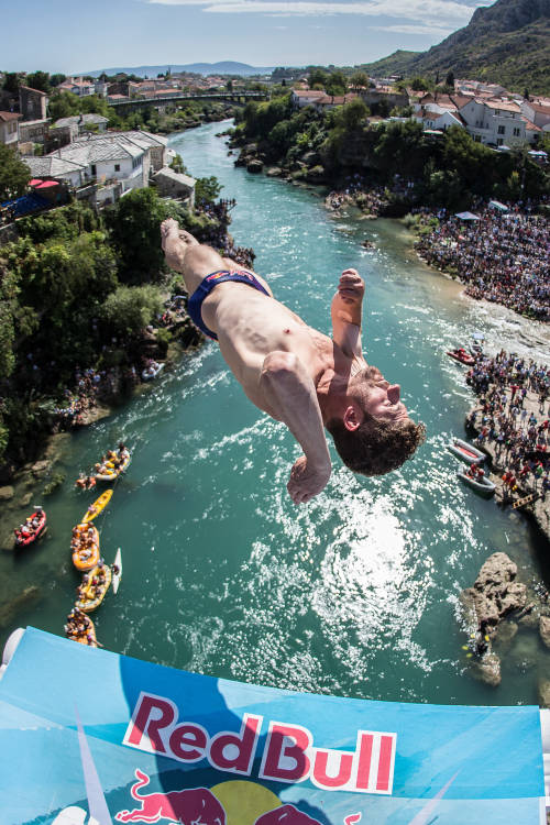 The history of cliff diving