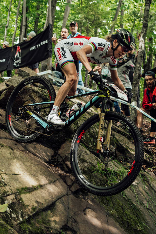 Women's XCO Action – Mont-Sainte-Anne