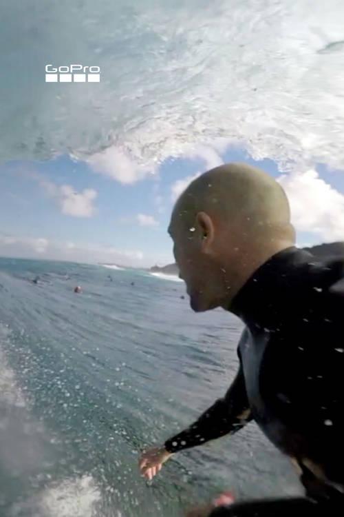 Pipeline Surfing
