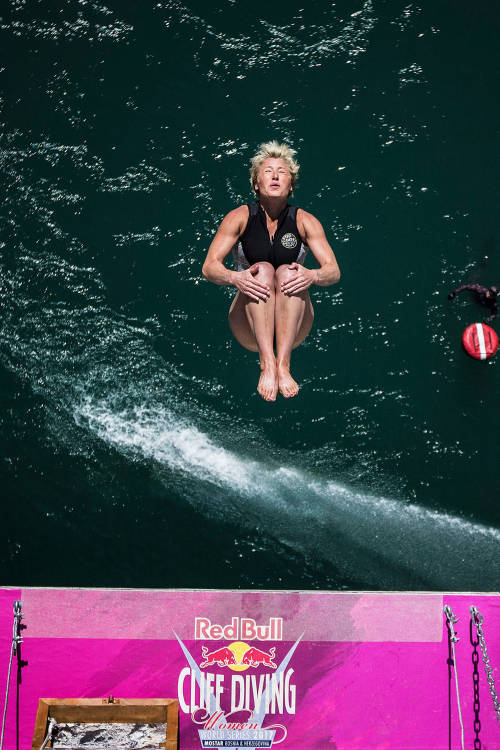 10 years of cliff diving