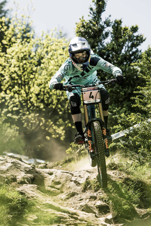 Best of women's DH action at Leogang