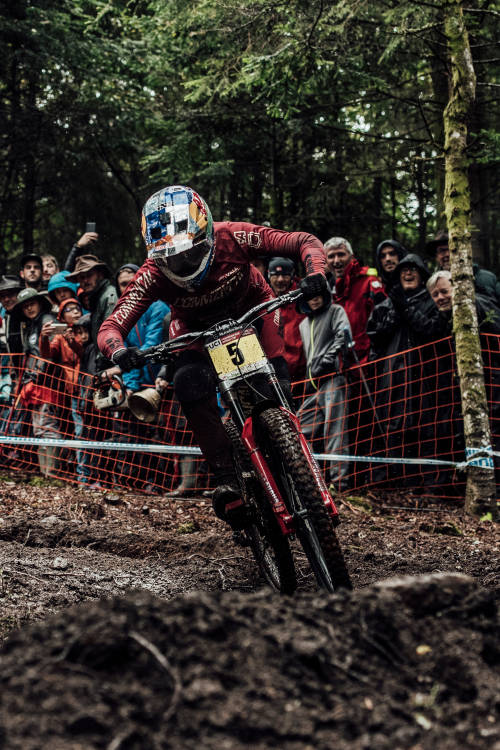 Women's 3rd place DH run in La Bresse