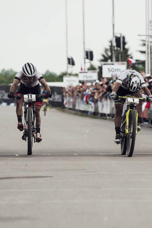 Sprint Finish in Men's Final – Nové Město