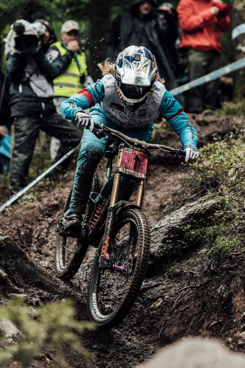 Rachel Atherton's run in La Bresse