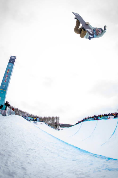 Women's 2nd place halfpipe run