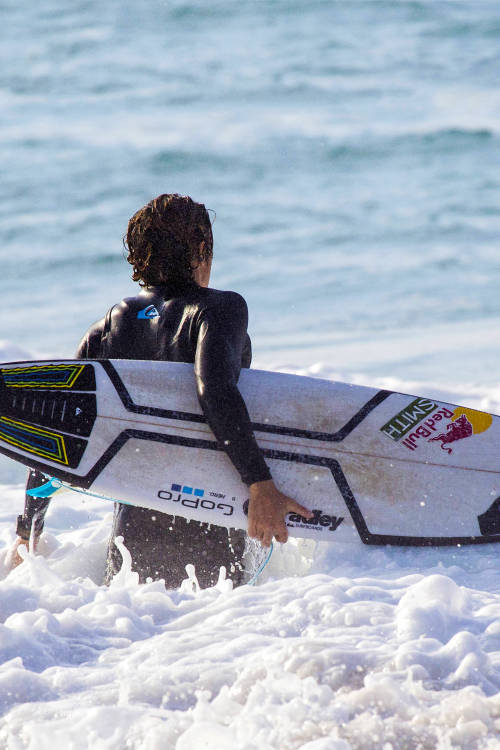 Surfing with Leo Fioravanti