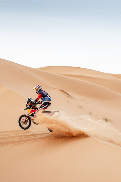 Go behind the scenes of the Rallye du Maroc