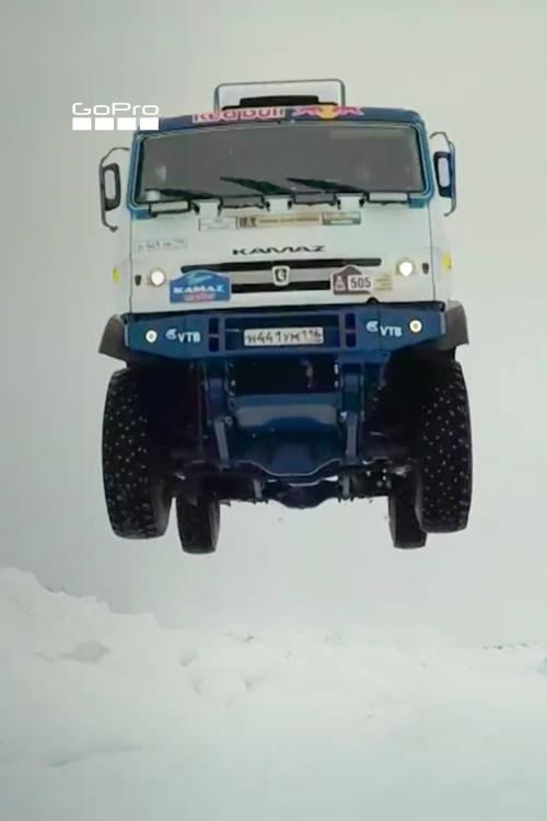 Jumping the Kamaz 4326