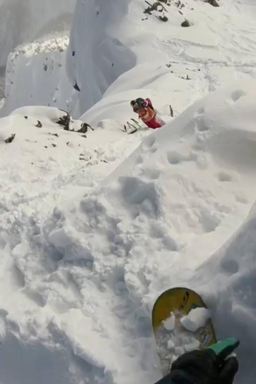 Women's Snowboard Winning Run – Golden
