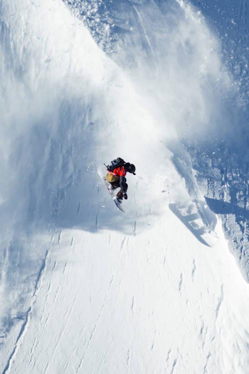 Elias Elhardt's Snowboard Run – Verbier