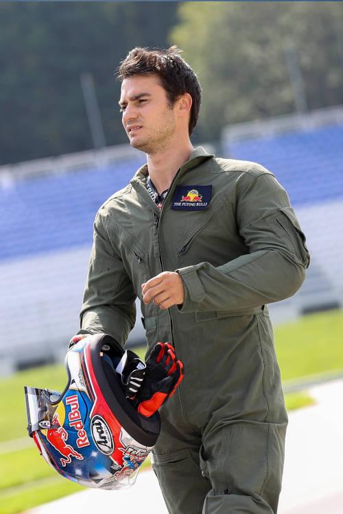 Dani Pedrosa's Skydive