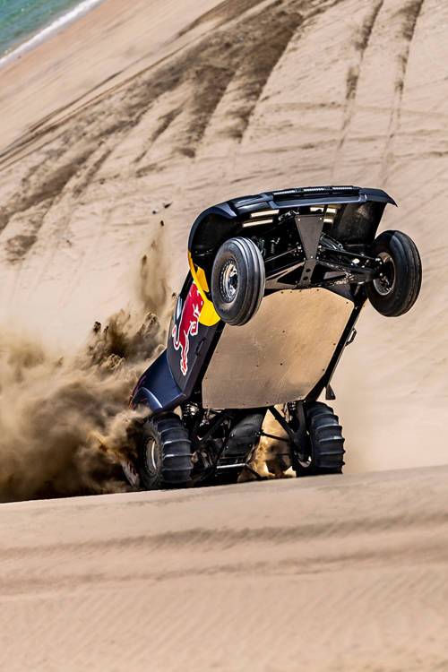 Dune-bashing in Qatar
