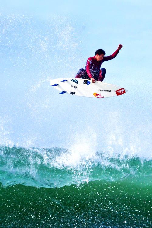 Bodyboarding vs Surfing