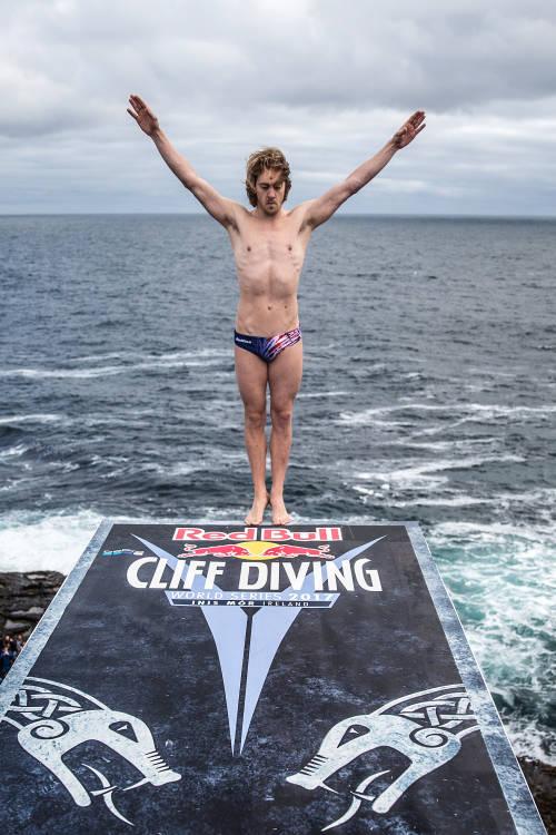 Men's Winning Dive