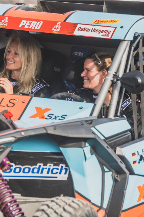 The women racing Dakar (ES)
