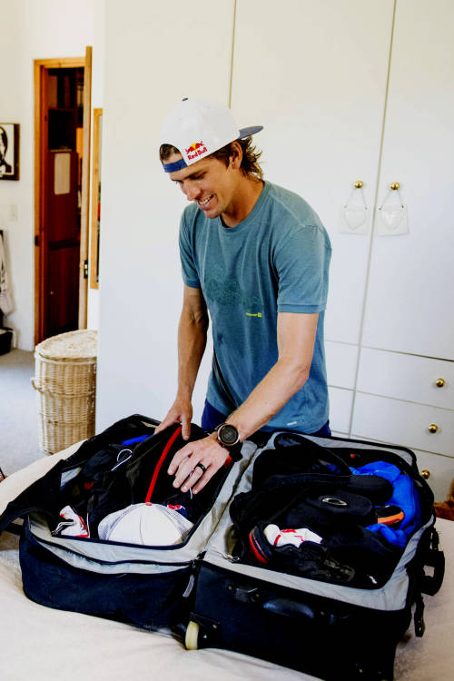 Ryan Sandes's packing plan