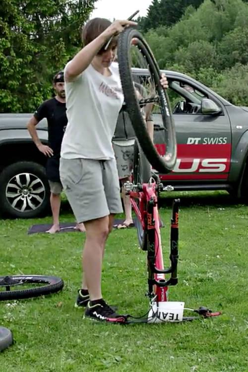 Wheel change challenge with Team Focus