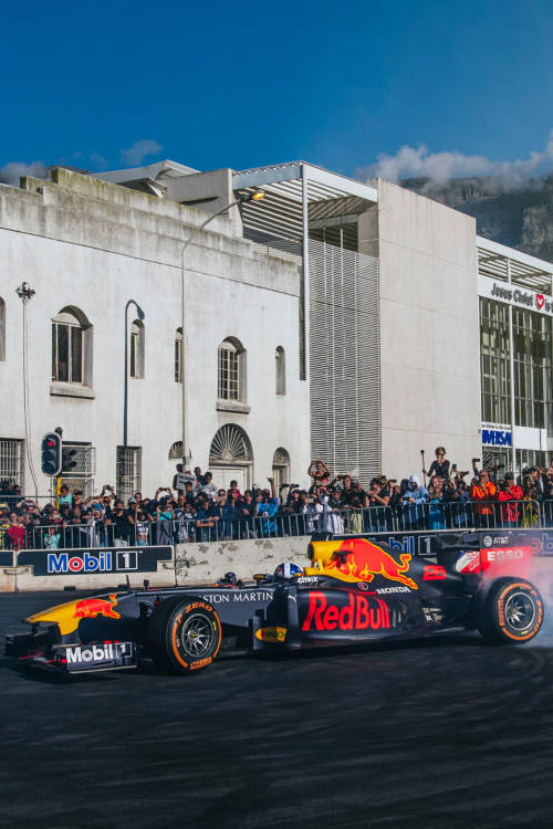 David Coulthard thrills fans in South Africa