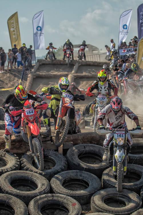 Race Highlights
