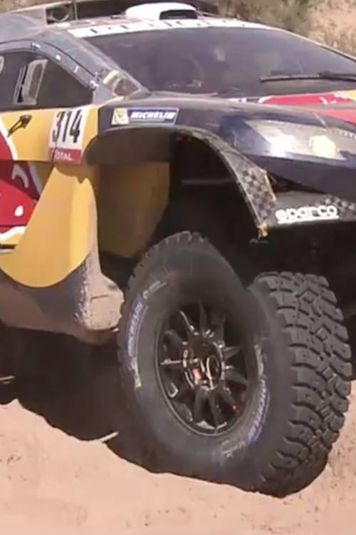 Sébastien Loeb learns about the Dakar in 2016