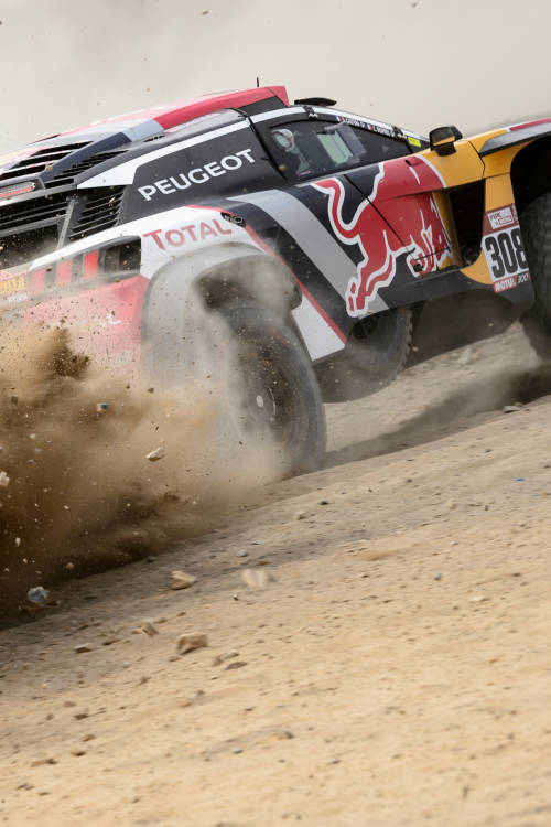 7 ways the Dakar wants to break you