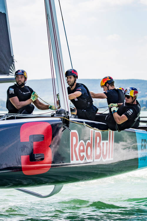 F1 meets extreme sailing