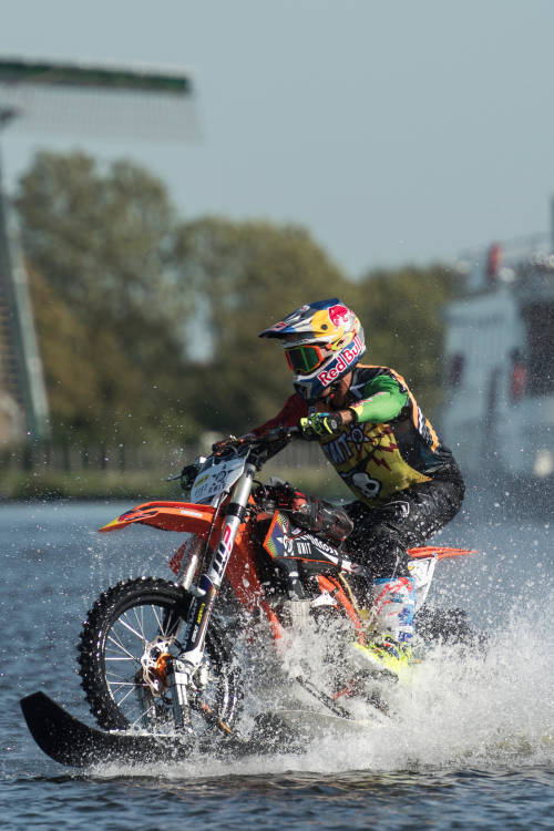 The making of Robbie Maddison's canal ride