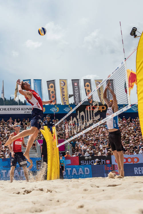 Men's top rally at Gstaad